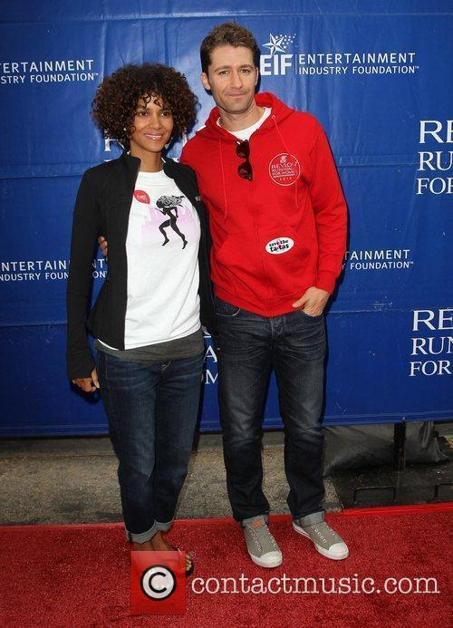 Halle Berry and Matthew Morrison 2