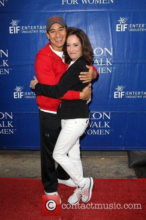 Mario Lopez and Lilly Tartikoff 6