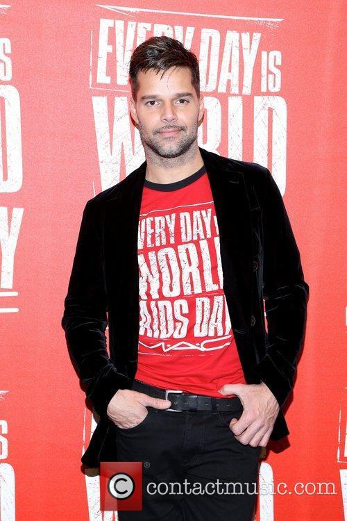 MAC VIVA GLAM spokesperson Ricky Martin kicks off...