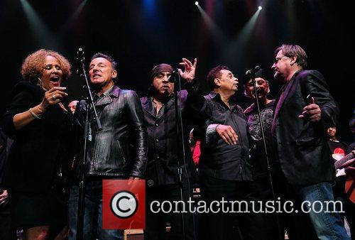 Bruce Springsteen, Steven Van Zandt and Southside Johnny 10
