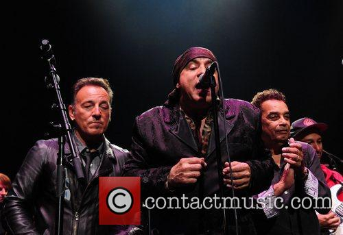 Bruce Springsteen, Steven Van Zandt and Southside Johnny 3