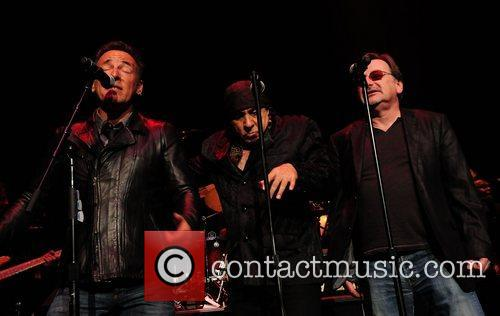 Bruce Springsteen, Steven Van Zandt and Southside Johnny 9