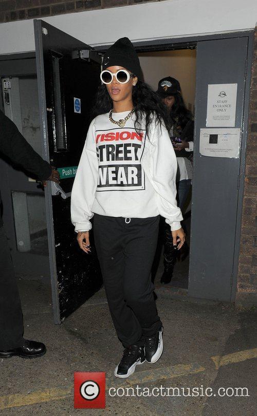 Rihanna and The Rain 8