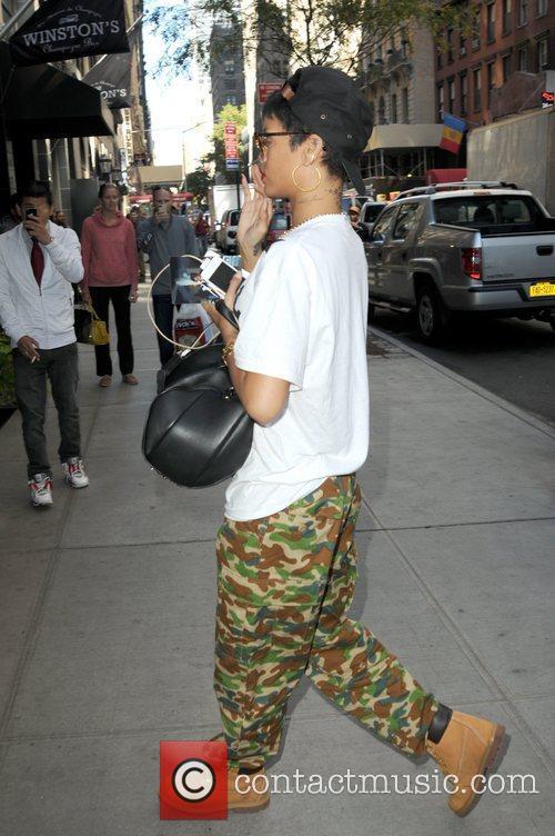 Rihanna and Manhattan 3