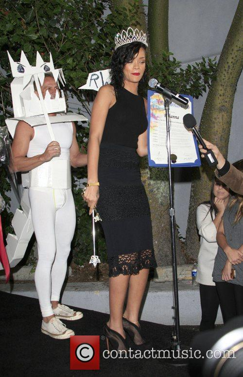 rihanna arrives at her halloween party held 4155008