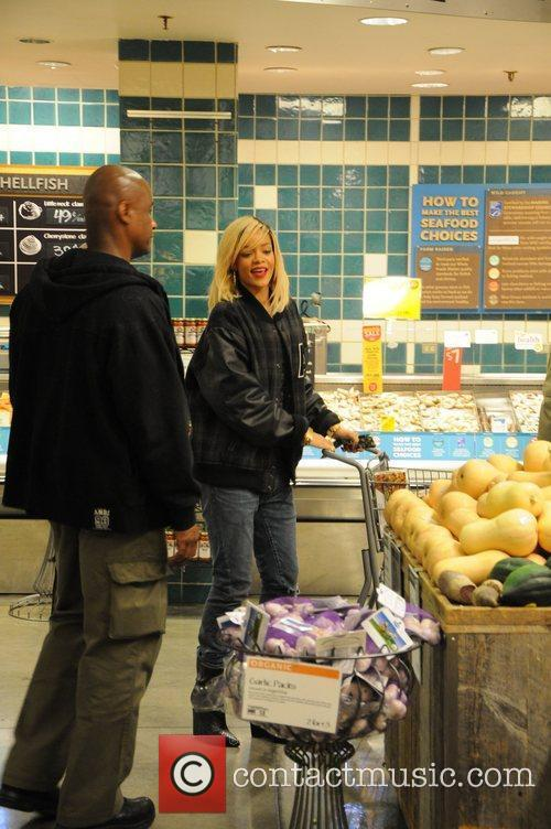 Rihanna shopping at Whole Foods in Manhattan New...