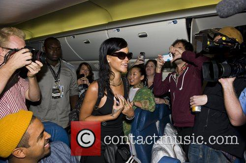 Rihanna, Los Angeles and Mexico City 8