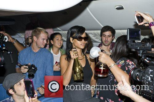 Rihanna, Los Angeles and Mexico City 1