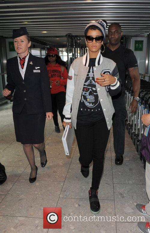 rihanna arrives at heathrow airport to catch 4069971