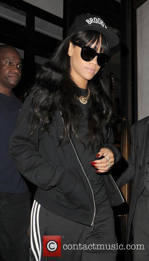 rihanna leaving her hotel london england   280612 3968282
