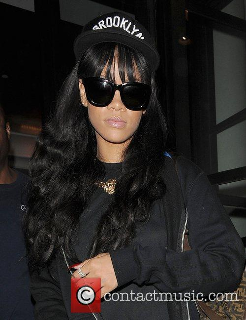 rihanna leaving her hotel london england   280612 3968285