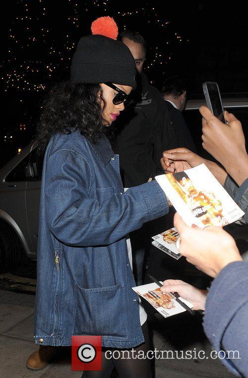 rihanna arrives back at her hotel after 5957005