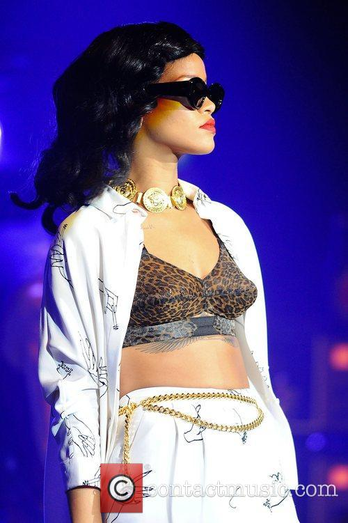 Rihanna, London and Kentish Town Forum 16