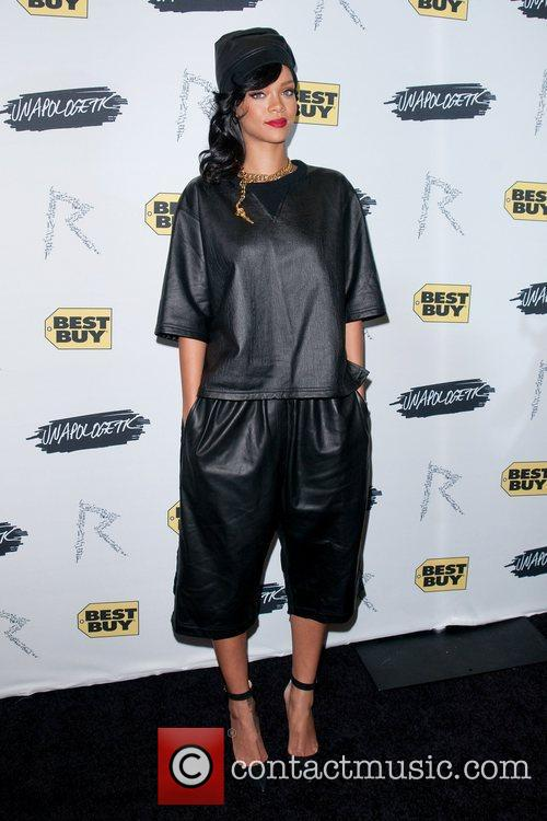 rihanna at her unapologetic record launch release 4182408
