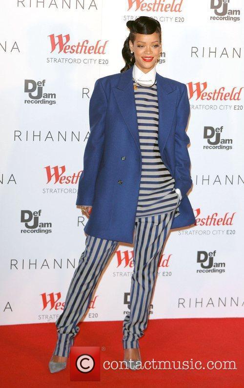 Rihanna, Christmas and Westfield Stratford 7
