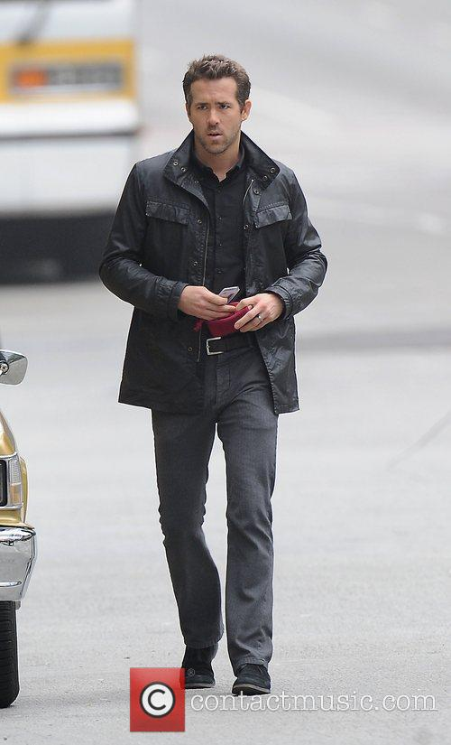 Ryan Reynolds filming scenes for upcoming movie 'R.I.P.D'...