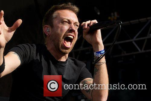 tim mcilrath of rise against performing live 3967821