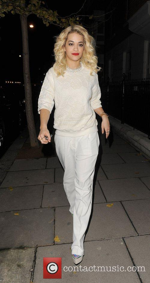 rita ora arrives home wearing matching cream 4187054