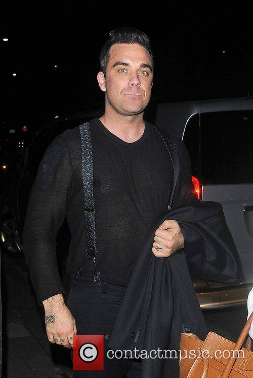 Robbie Williams, Oxford Street, Grosvenor House Hotel