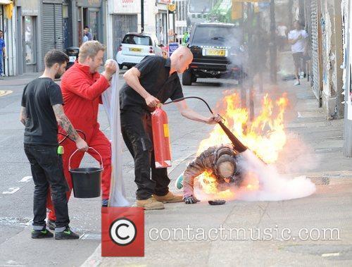 Stuntman Robbie Williams films scenes for his new...
