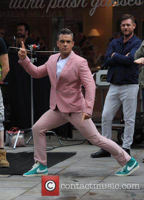 Robbie Williams 33