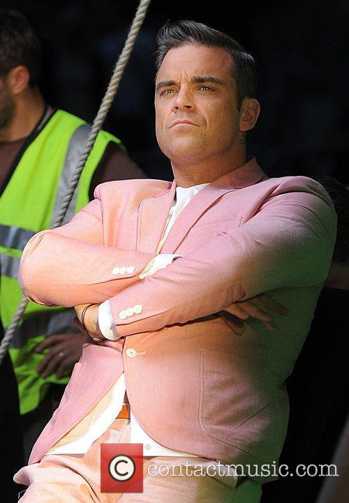Robbie Williams 77