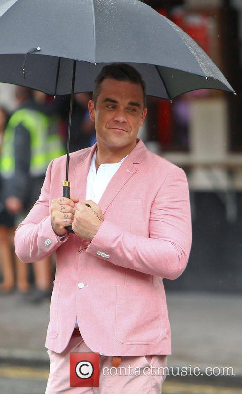 Robbie Williams 36