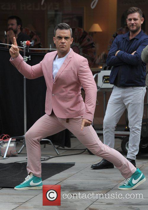 Robbie Williams 47