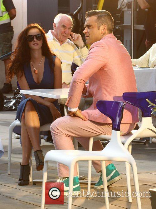 Robbie Williams and Kaya Scodelario 13