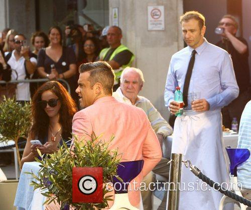 Robbie Williams and Kaya Scodelario 14