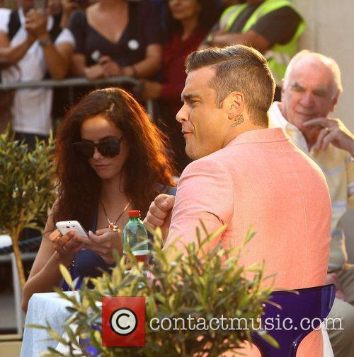 Robbie Williams and Kaya Scodelario 20