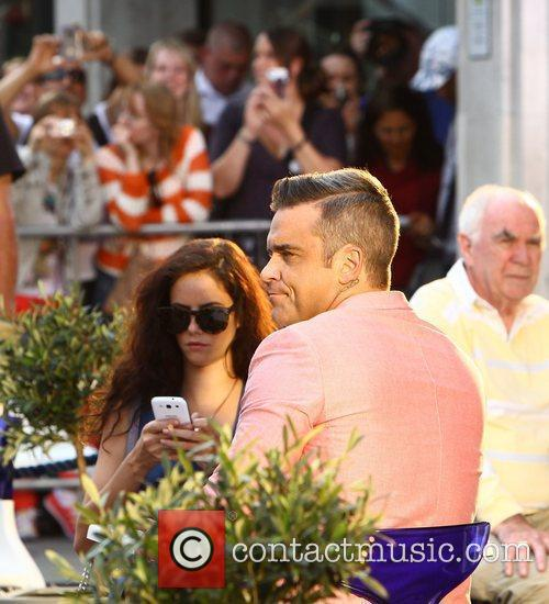 Robbie Williams and Kaya Scodelario 21