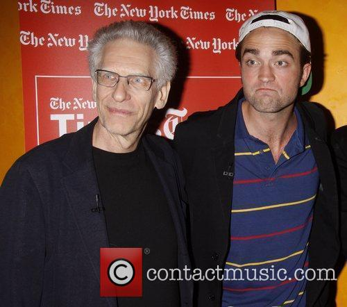David Cronenberg and Robert Pattinson 5