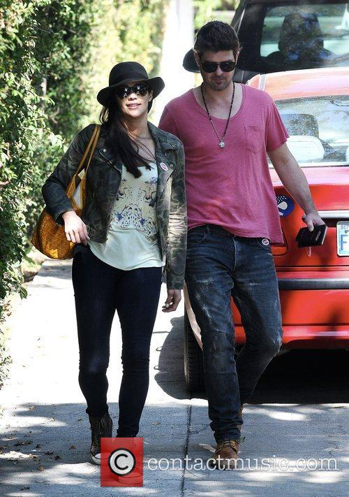 Robin Thicke and Paula Patton 16