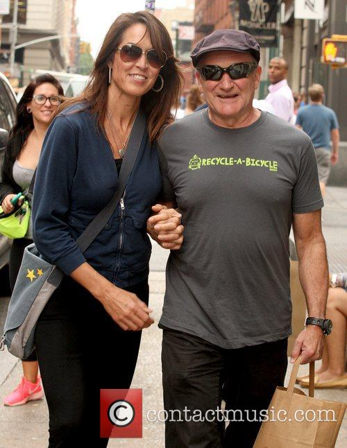 Robin Williams and Susan Schneider 5