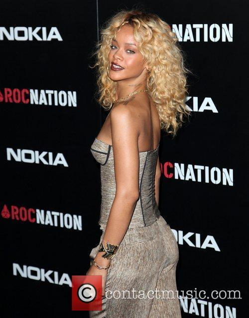 Rihanna and Grammy 6