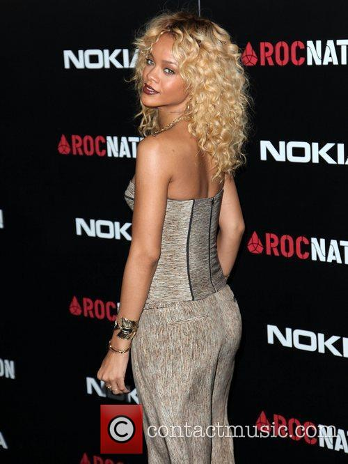 Rihanna and Grammy 9