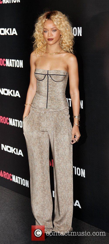 Rihanna and Grammy 10