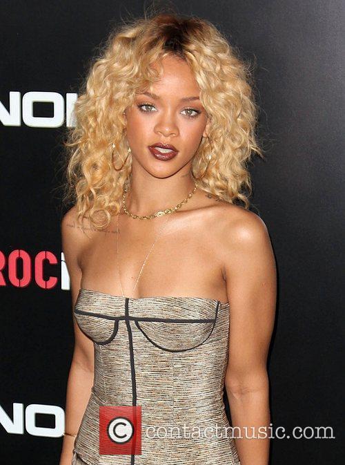 Rihanna and Grammy 1