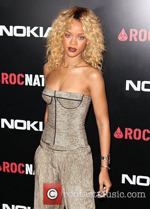 Rihanna and Grammy 12