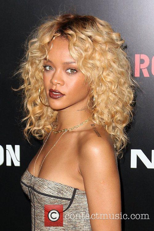 Rihanna and Grammy 14