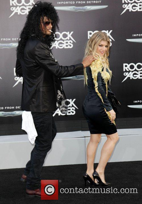 Josh Duhamel and Fergie 7