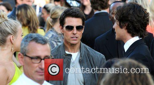 Julianne Hough, Adam Shankman, Diego Boneta and Tom Cruise 2