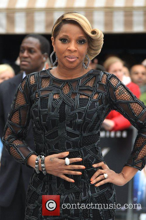 Mary J Blige and Odeon Leicester Square 8