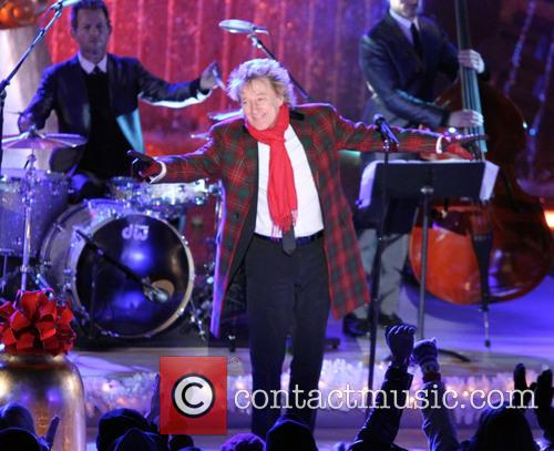 Featuring: Rod Stewart