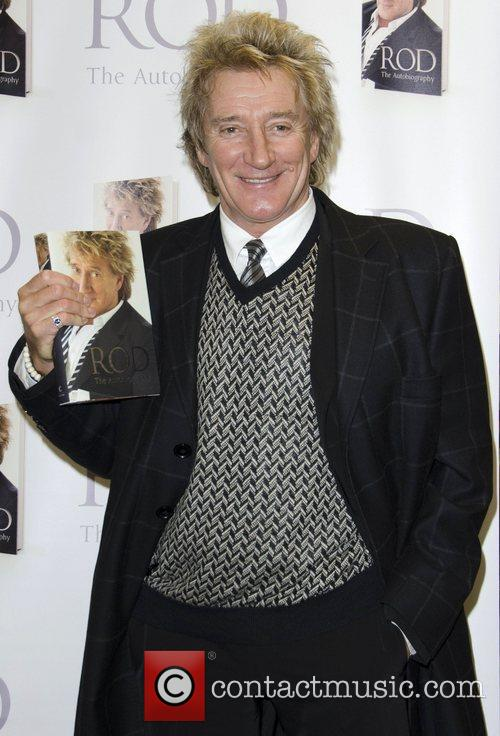 Rod Stewart signs copies of his book 'Rod:...