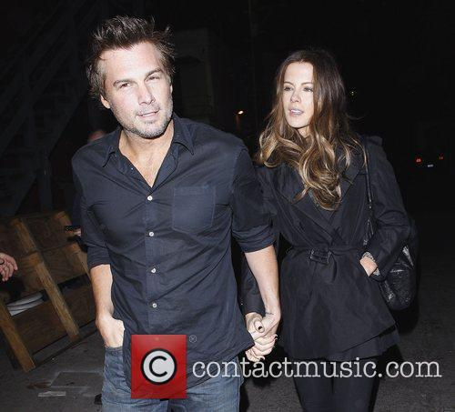 Kate Beckinsale and Len Wiseman leaving The Roger...