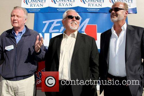 Jon Voight, John Ratzenberger and Kelsey Grammer 10