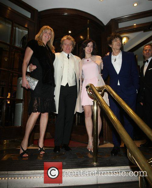 Penny Lancaster, Rod Stewart, Sally Humphrey and Ronnie Wood 2