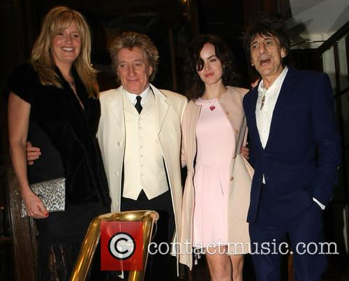 Penny Lancaster, Rod Stewart, Sally Humphrey and Ronnie Wood 5